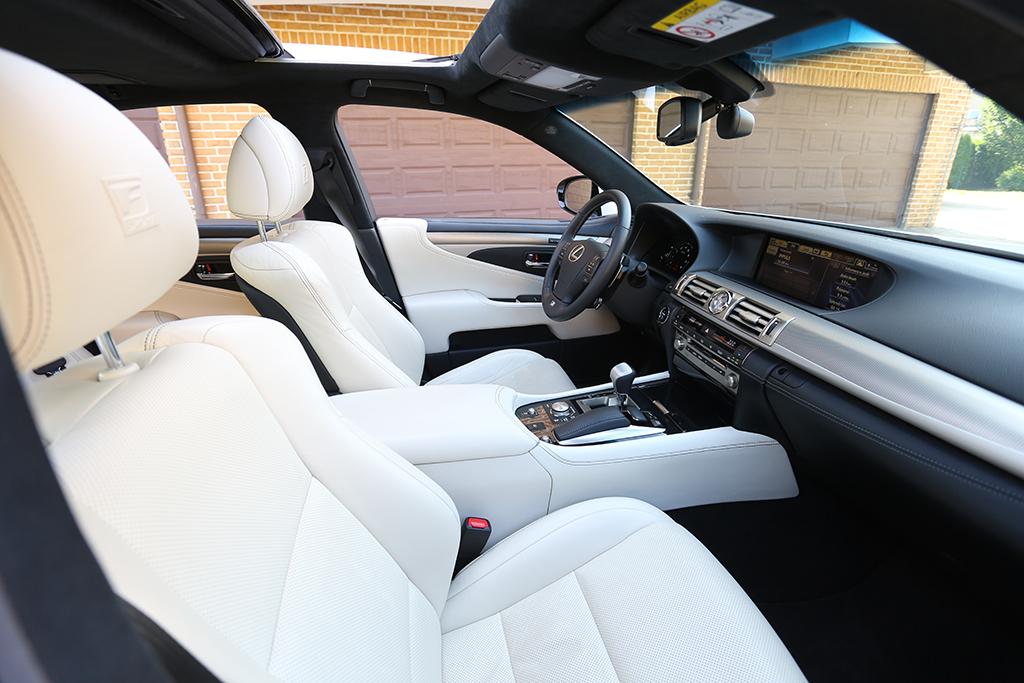 Automobily Lexus LS 600h F-Sport