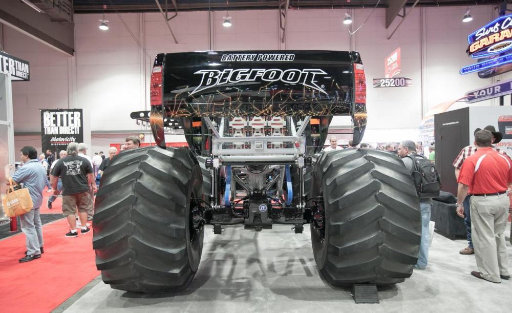 18eec8e02 První monster truck na elektřinu - Autohit