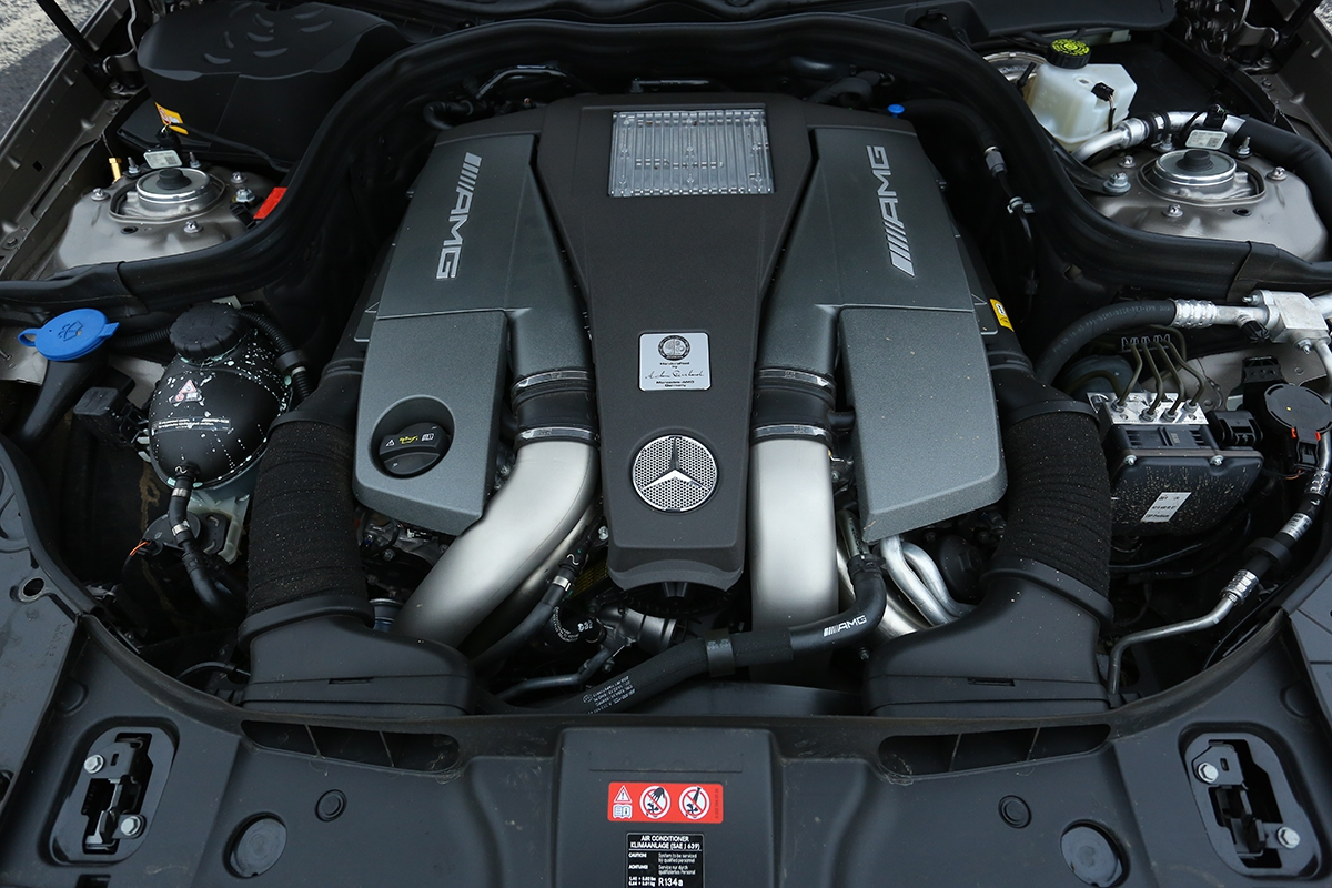 Posílené srdce: veverzi S-Model najdete 585 koní a800 Nm točivého momentu. Drtivá síla!