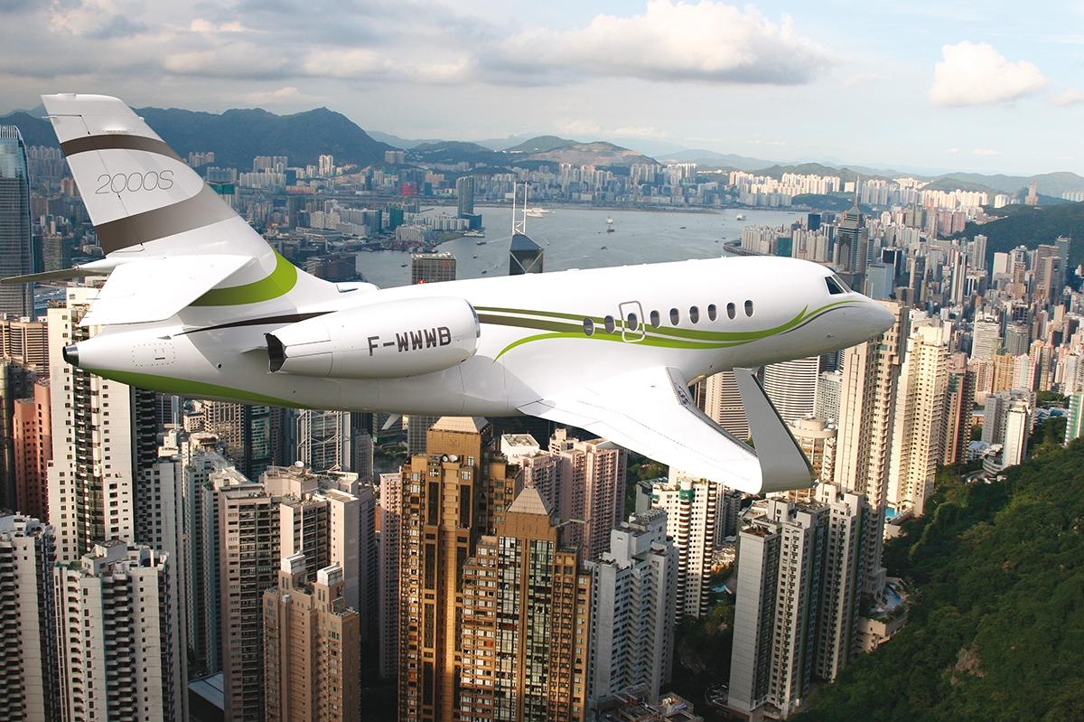 Dassault Falcon 2000S vceně od 180 milionů korun si lze objednat podle návrhu BMW Designworks USA.