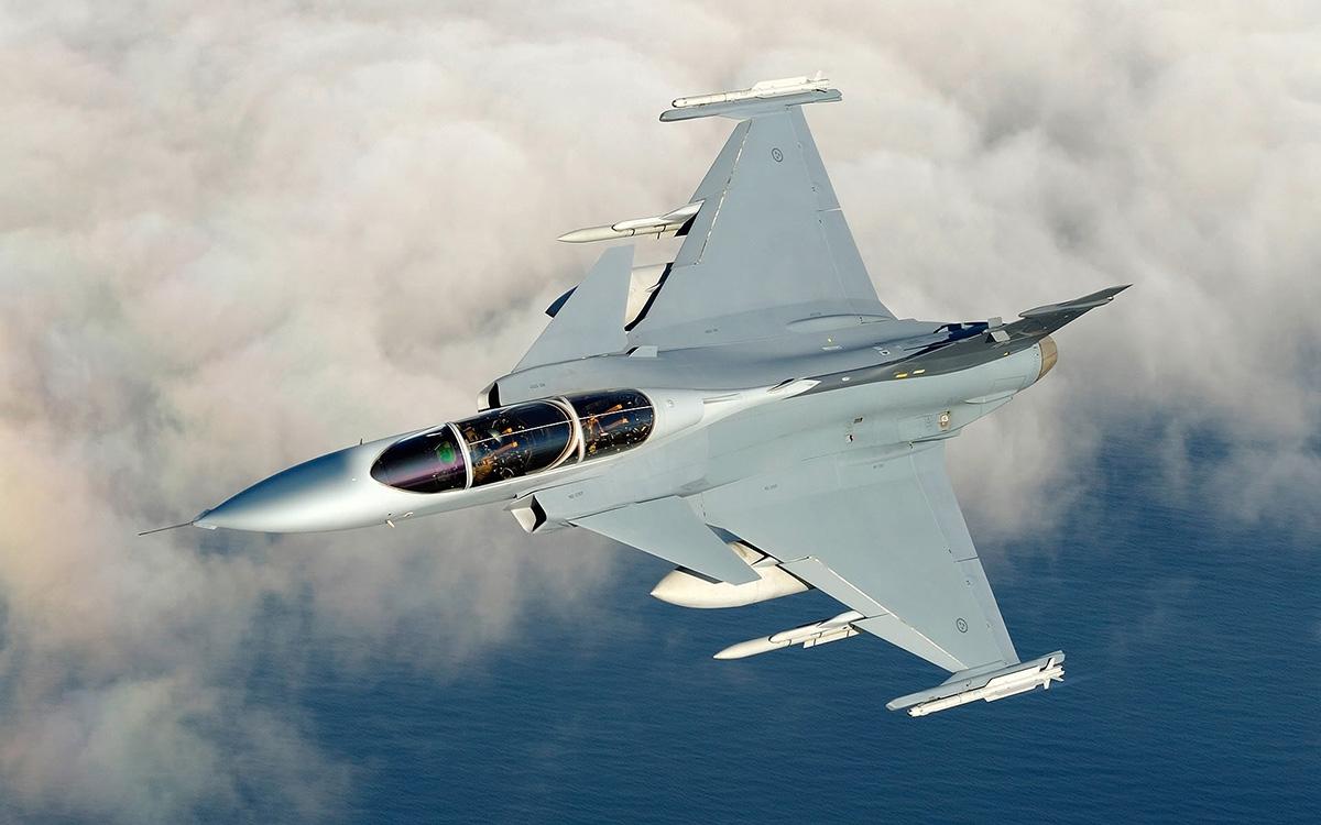 Saab JAS 39 Gripen: stíhačky to dotáhly dál než stejnojmenná auta.