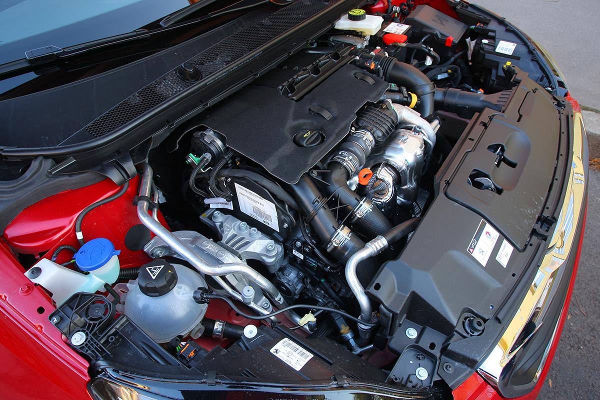 Motor shrubším chodem veměstě spotřebuje 5,5 l/100km.
