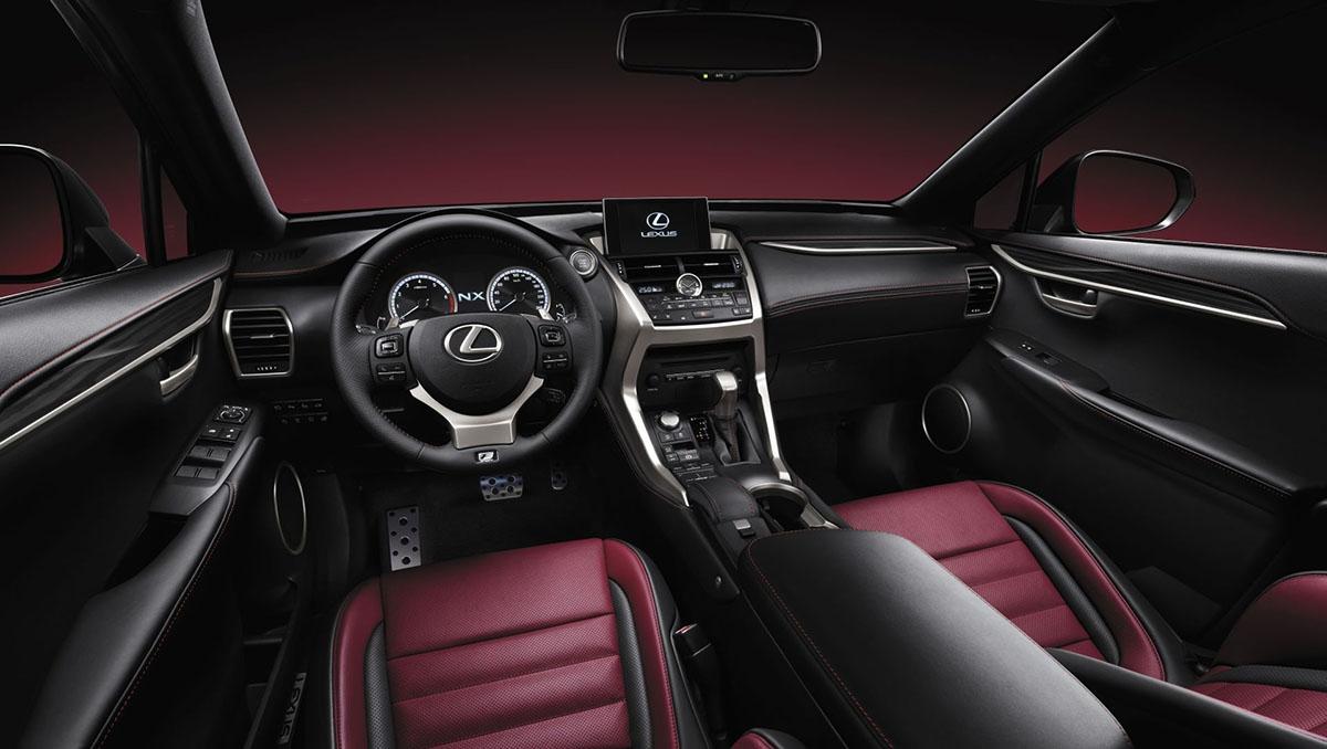 Design interiéru vozu staví na intuitivní spolupráci s přístroji a technologiemi rozhraní člověk-stroj (HMI).