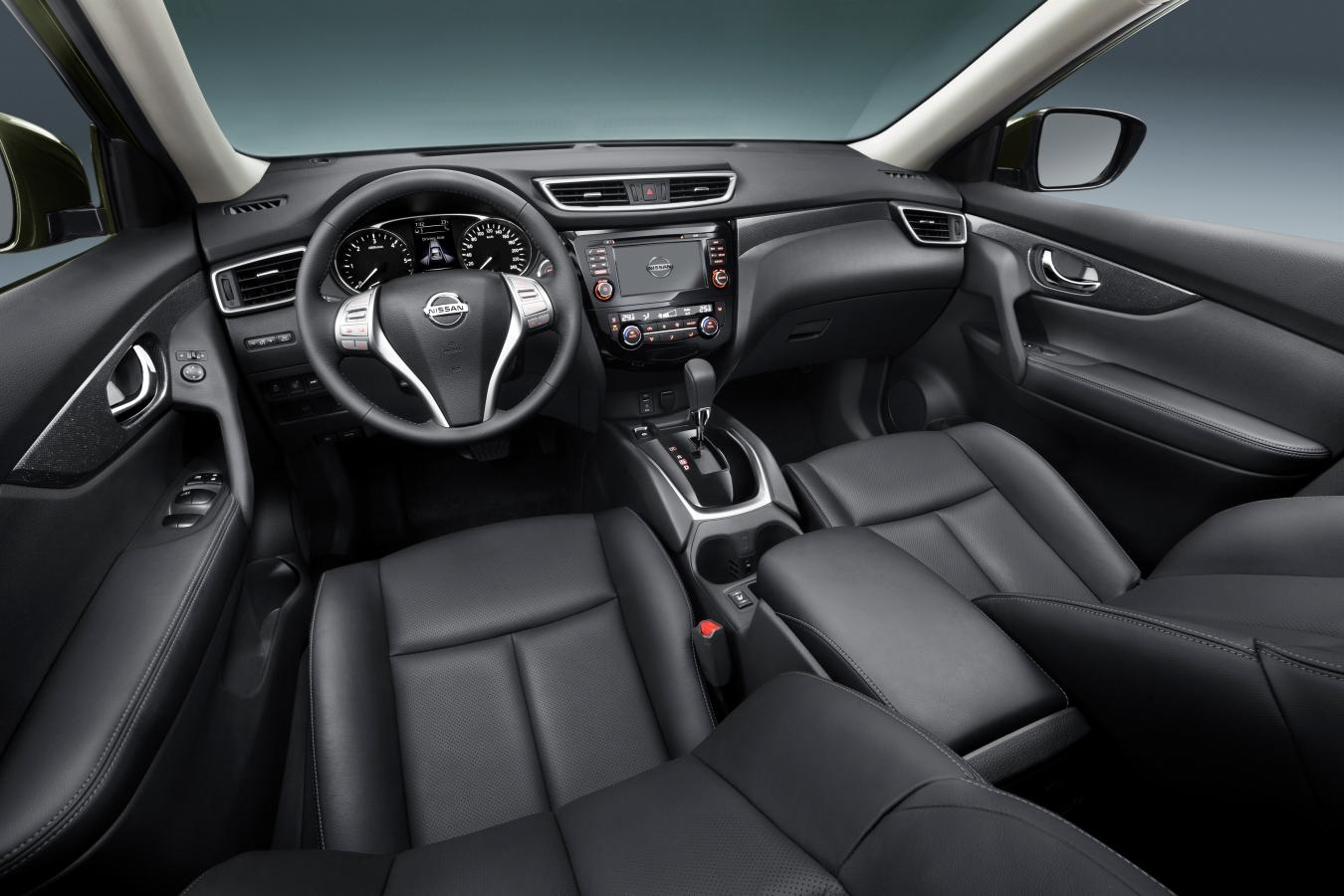 Nissan X-Trail interiér