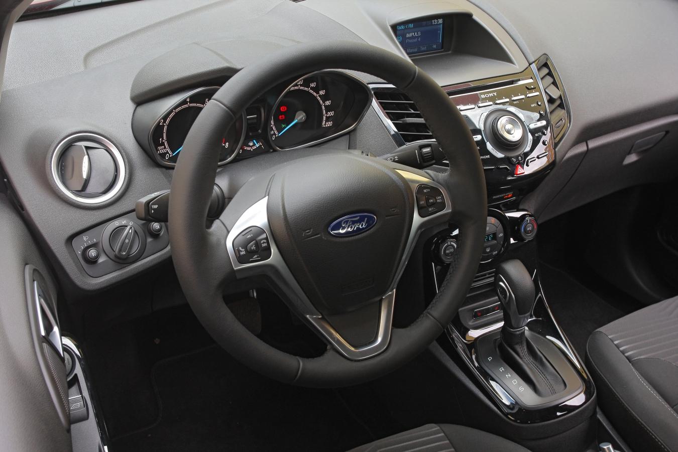 Ford Fiesta interiér