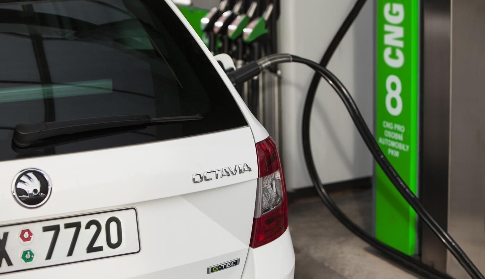 Škoda Octavia G-Tec (CNG) tankování