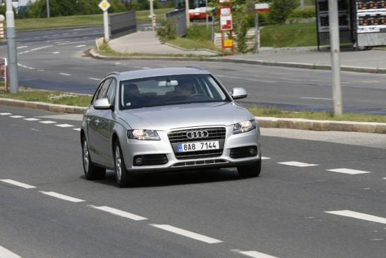 Audi A4 Avant 18 Tfsi Autohit