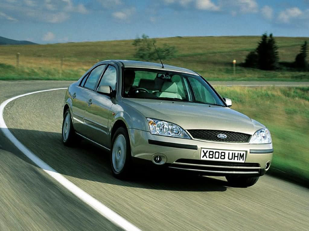 Ford mondeo 2 0 2000 fotogalerie for Interieur ford mondeo 2000