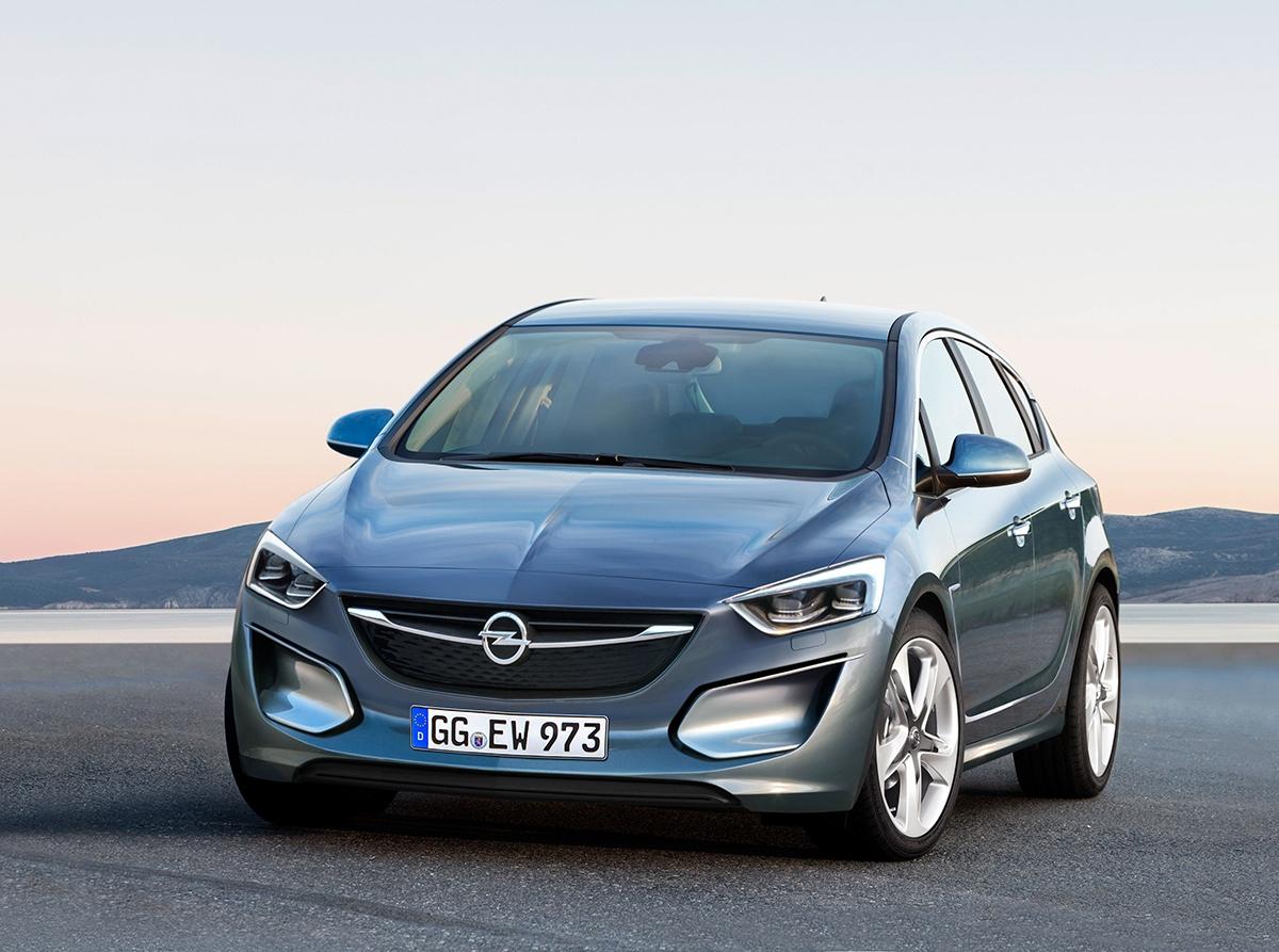 Opel Astra přijde svýrazně agresivnějším designem inspirovaným studií Monza. Objeví se vněm nová řada motorů včetně přeplňované jednotky 1,0 litru.