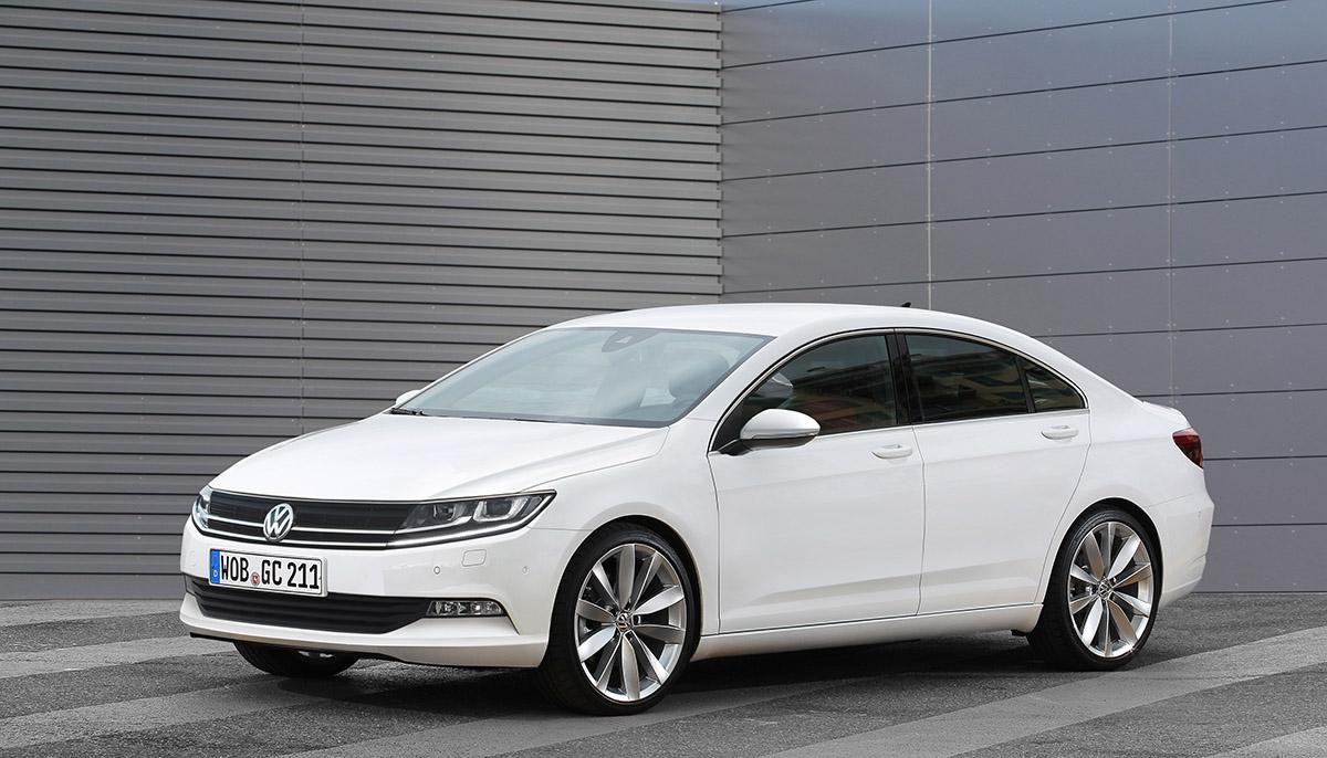 Volkswagen Golf CC - Sportovně střižený sedan má ještě více posílit pozici golfu. Menší brácha modelu CC by se měl představit napřelomu let 2014/2015.